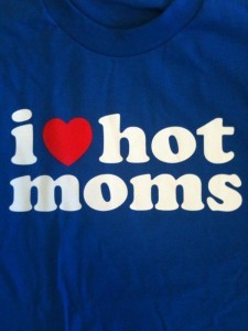 i-love-hot-moms
